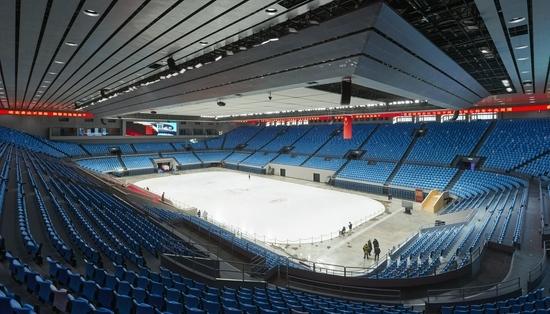 揭秘北京冬奥场馆建设1800平方米的冰板层不能有一条裂缝